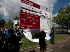 Onthulling bouwbord elektrificatie Landgraaf Duitse grens